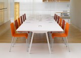 Chaises 03 et table Joyn - Vitra