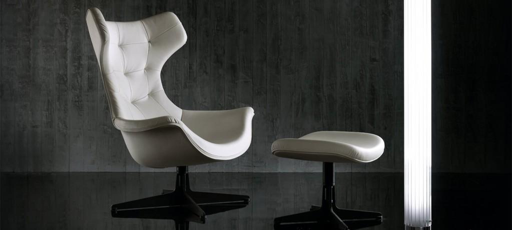 Fauteuil Regina II - Poltrona Frau - Paolo Rizzatto - 2009 - LVC Design