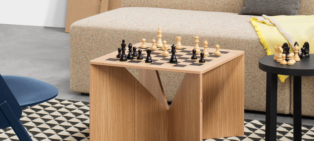 Table basse Calvert - Table d'appoint Calvert Chess - Calvert Chess - Table basse design Ferdinand Kramer -Table d'échèque -  E15 - 1951 - LVC Design
