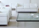 Table basse LC10-P avec Fauteuil et Canapé LC2 - Cassina