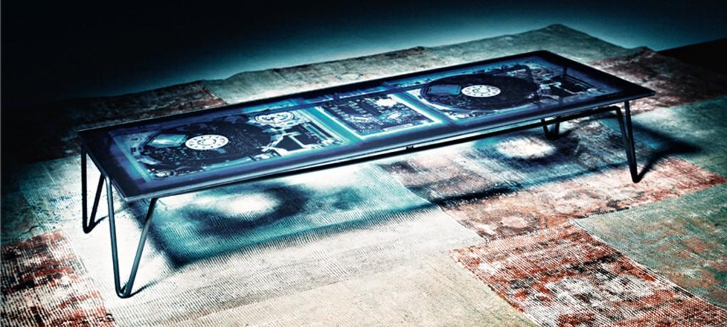Overdyed Table - Diesel pour Moroso - 2010 - LVC Design
